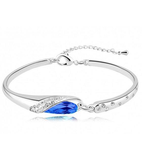 B025 - Blue Crystal Bracelet