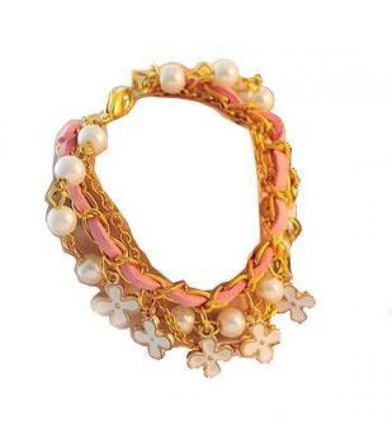 B113 - White Floral Bracelet