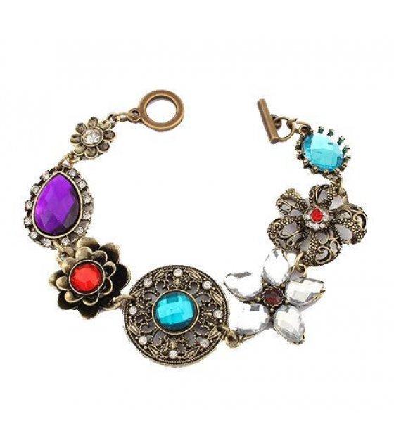 B229 - Simple Floral Stoned Bracelet