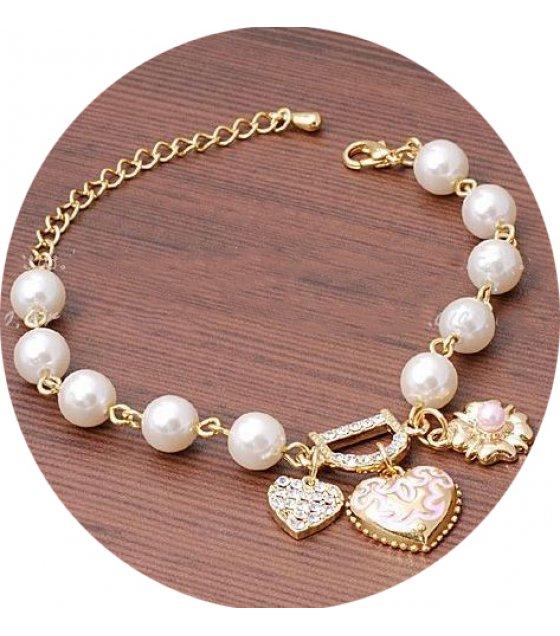 B247 - Heart Simple Pearl Bracelet