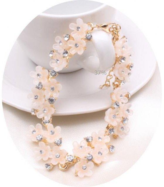 B272 -Daisy flowers diamond bracelet