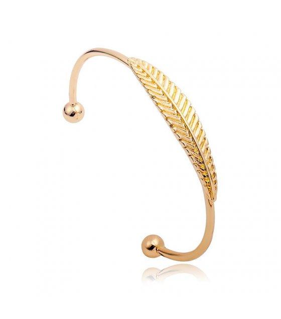 B313 - Wild Leaf Bracelet