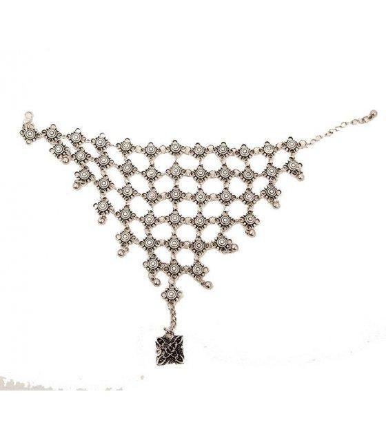 B355 -etro hollow carved tassel bracelet