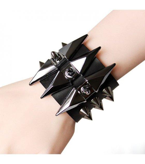 B400 - Black Spike Bracelet