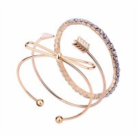 B567 - Arrow bow diamond bracelet