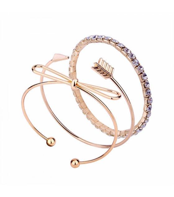 B567 - Arrow bow diamond bracelet