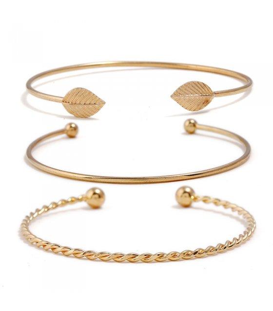 B582 - 3 piece Open Bracelet