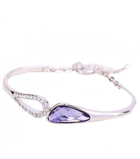 B584 - Korean crystal bracelet