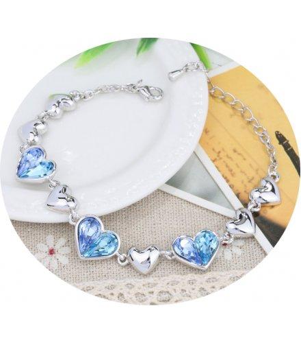 B590 - Crystal Heart Bracelet