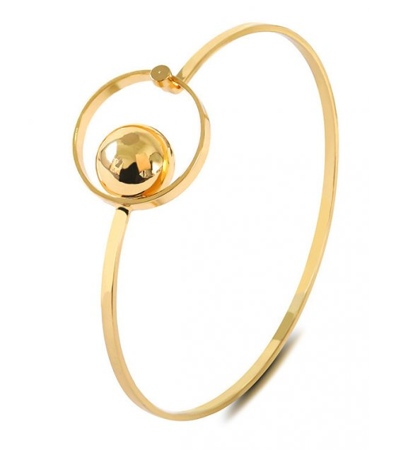 B599 - Elegant Gold Bracelet
