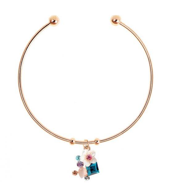 B624 - Simple shell flower bracelet