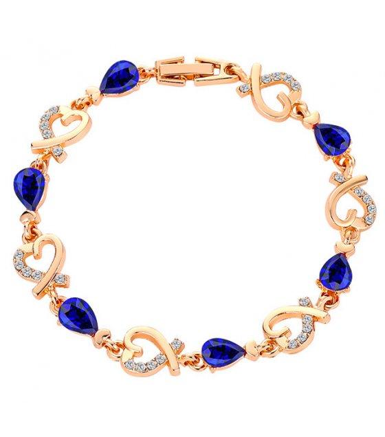 B632 - Heart-shaped bracelet