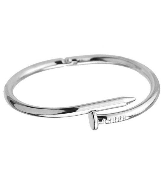 B640 - Elegant Nail Bracelet
