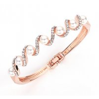B679 - Simple diamond bracelet