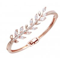 B680 - Alloy diamond bracelet