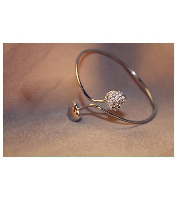 B099 -  double peach heart bracelet