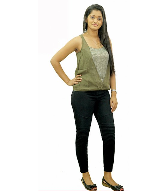 CS004 - Dark Green Top