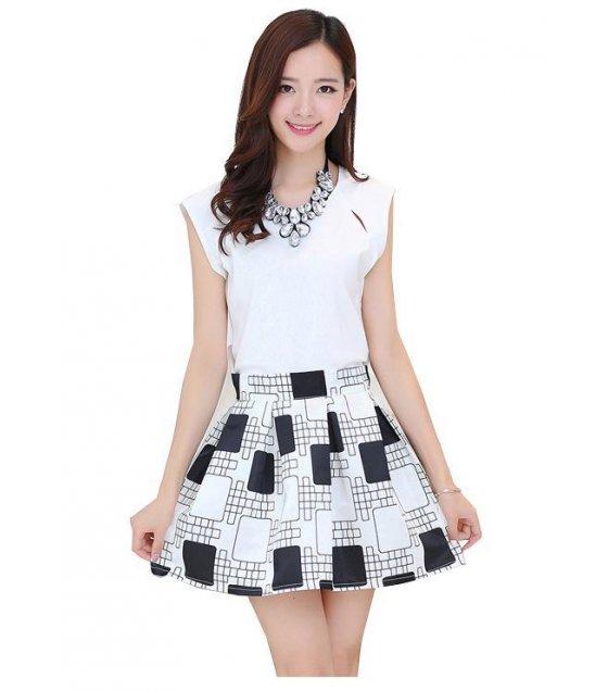 C008L - Black & White Check Dress