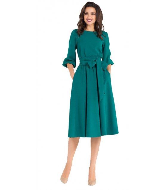 C258 - Elegant Vintage Dress with Tied Waist