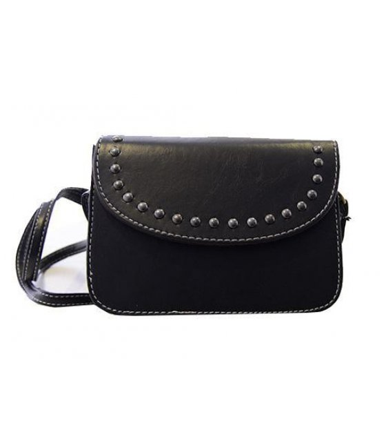 CL165 - Black Rivet Clutch
