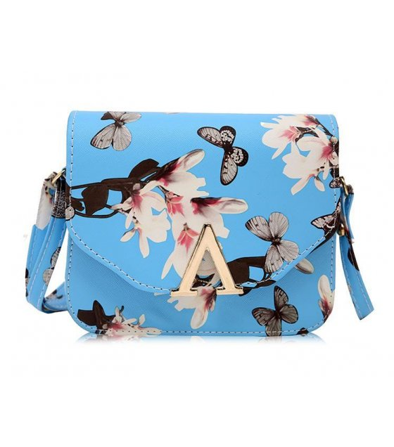 CL169 - Blue Floral Clutch