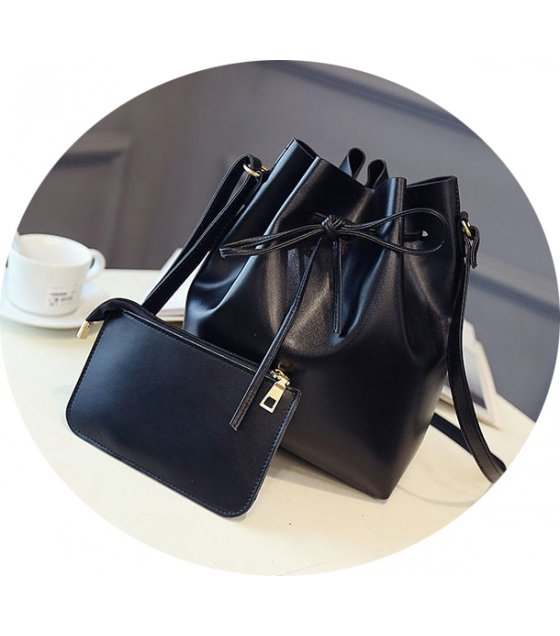 CL278 - Simple Black Clutch Set