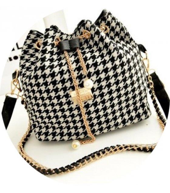 CL282 - Mixed Canvas Bag