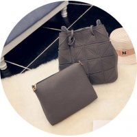 CL546 - Triangle bucket bucket bag