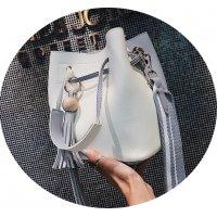 CL558 - Tassel strap messenger bag