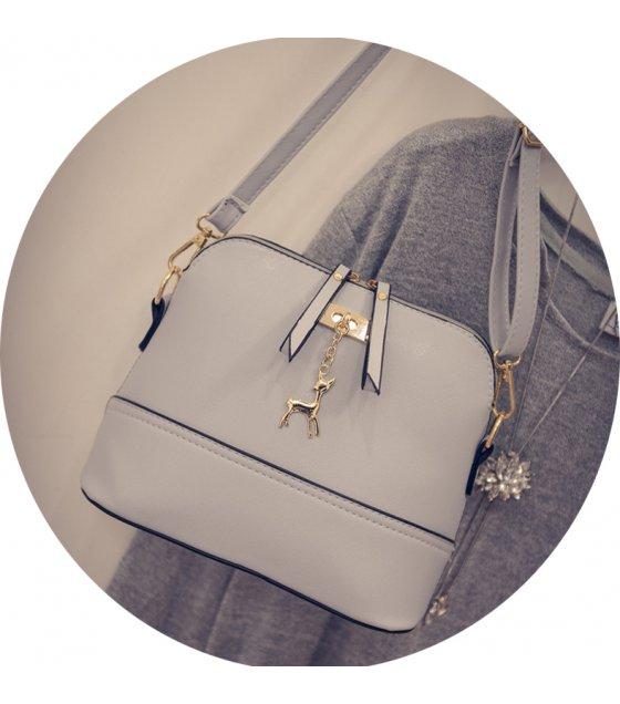 CL609 - Tassel Messenger Bag