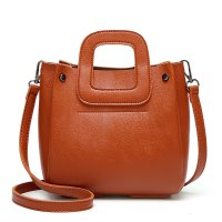 CL672 - Korean Fashion Messenger Bag