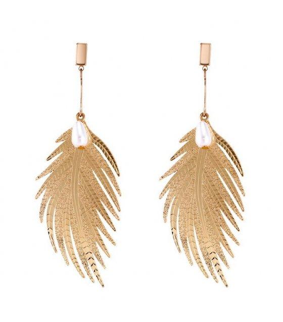 E1034 - Fashion metal feather long earrings