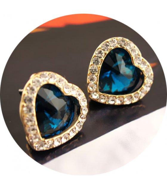 E1050 - Simple heart-shaped crystal full diamond earrings