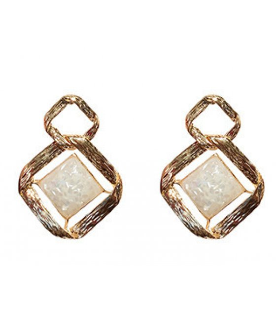 E1079 - Resin geometric Earrings