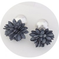 E1118 - Flannel flower earrings