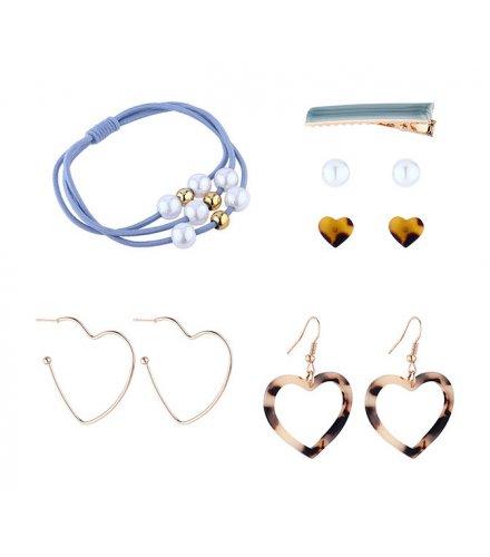 E1172 - Acrylic peach heart earrings