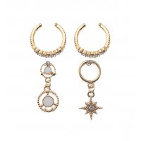 E1185 - Punk style C-shaped diamond earring