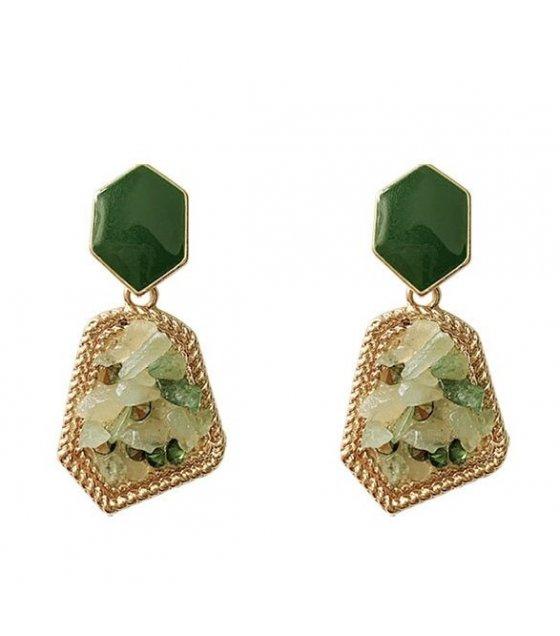 E1332 - Crystal Drop Earrings