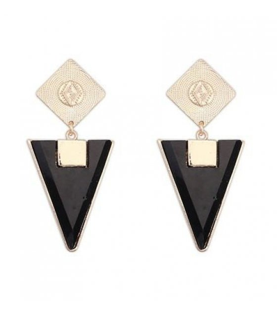 E452 - Triangle Designer Earring
