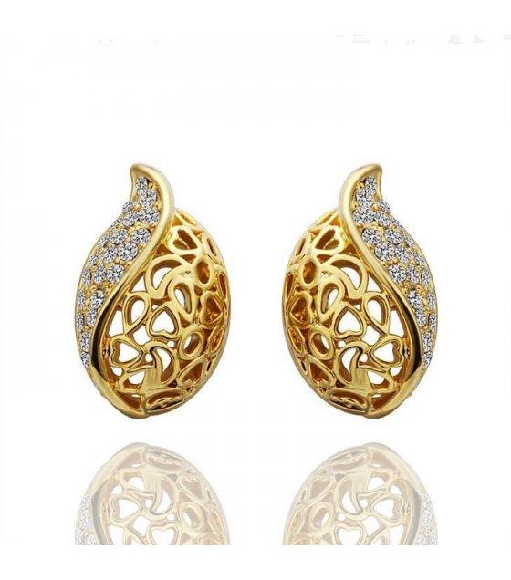 E479 - Golden Shell Earrings