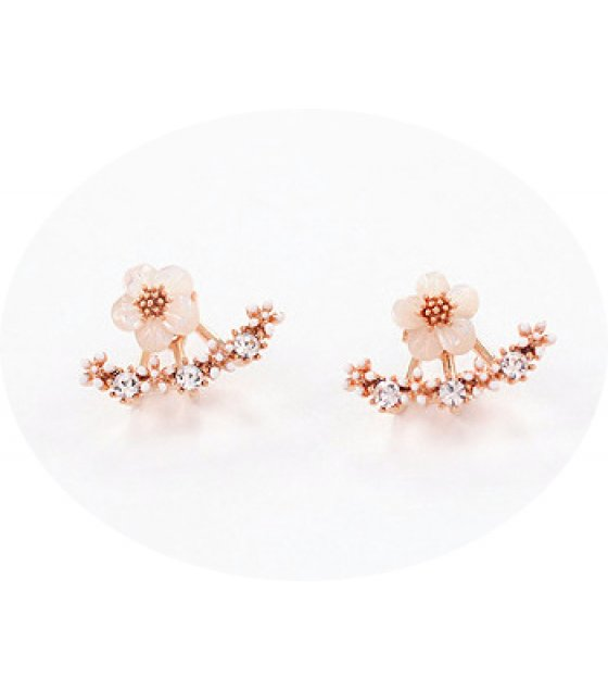 E493 - Small daisy flower earrings hanging earrings