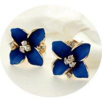 E574 - Diamond ear clip earrings