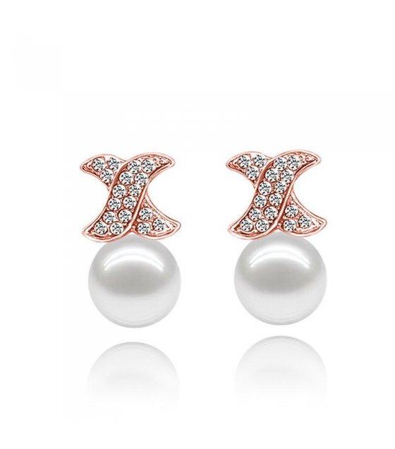 E630 - Star Pearl Earring