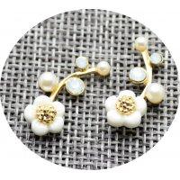 E807 - Shell flowers pearl earrings