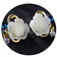 E848 - Inlaid diamond jewelry earring