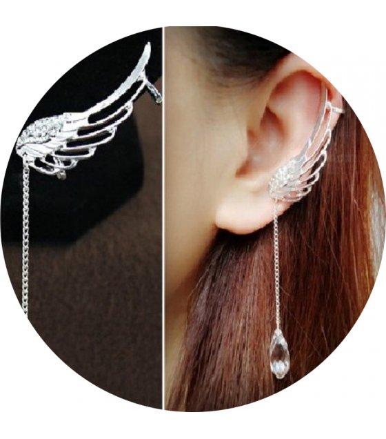 E852 - Long tassel earrings
