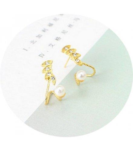 E866 - Exquisite bone clip Earrings