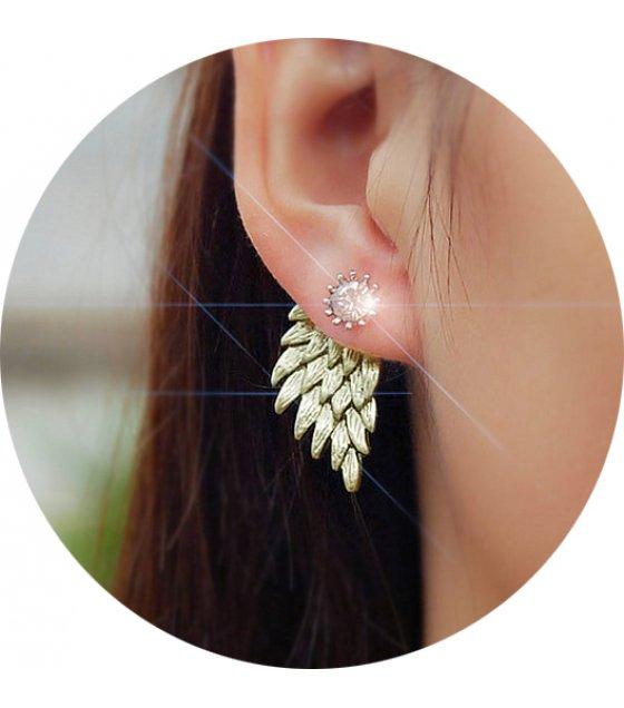 E867 - Retro three-dimensional angel wings earring