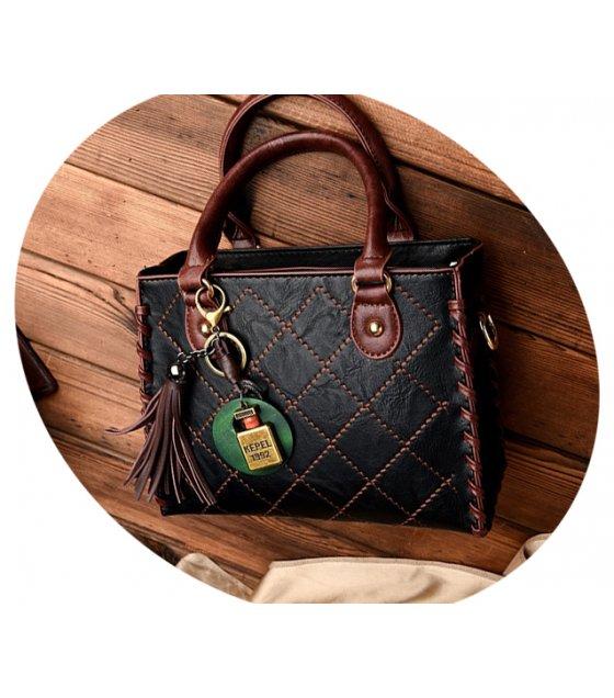 H593 - Simple chain tassel pendant shoulder Messenger bag