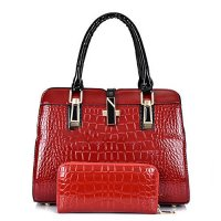 H600 - Crocodile pattern handbag